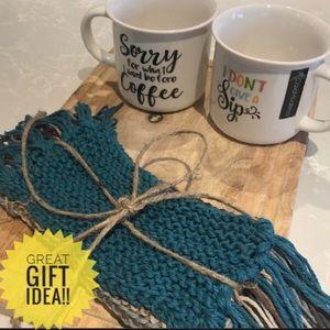 Other - ⚡️FLASH SALE⚡️NWOT 2 mugs with 4 mug rugs